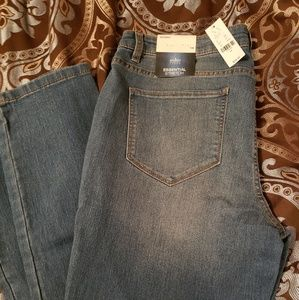 Jeans... never worn and with tag